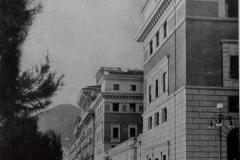 Il Palazzo delle Poste dal lungomare 1936